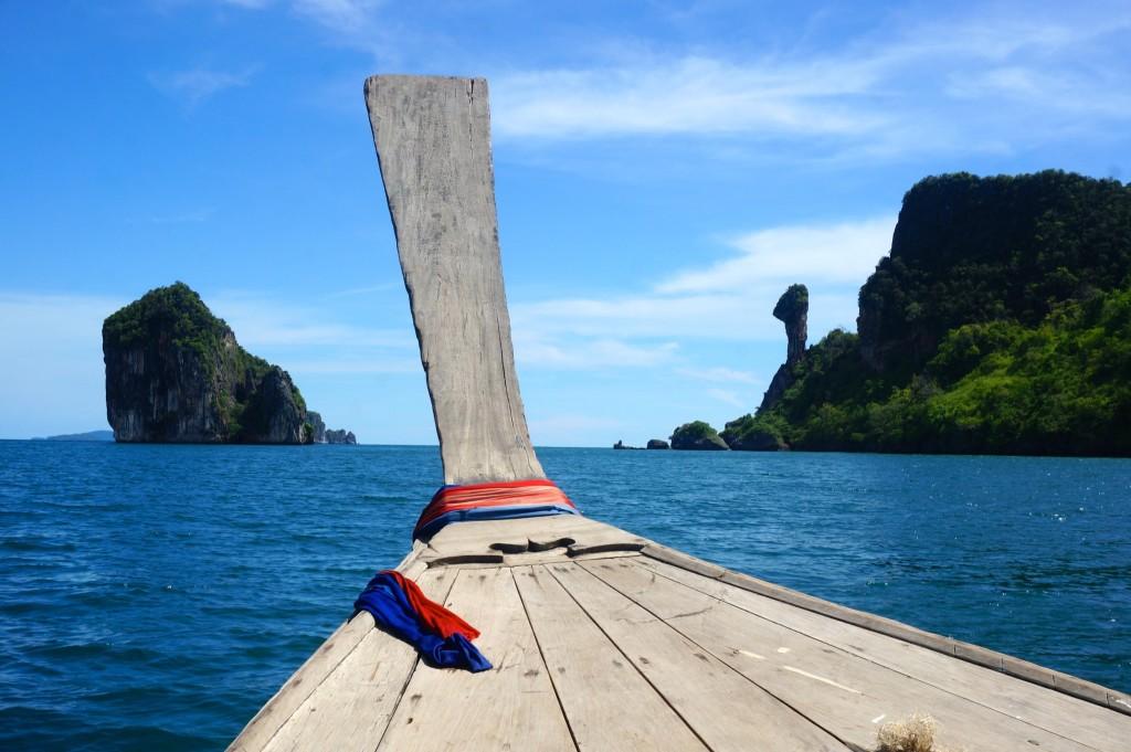 Dat ve may bay gia re di Thai Lan nghi duong tai bo bien Railay