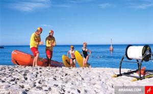 Mùa hè tuyệt vời tại bãi biển Cottesloe ở Perth