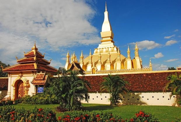 Mua vé máy bay đi Lào khuyến mãi
