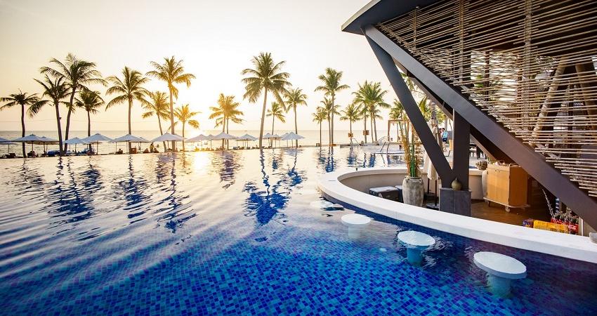 Hồ bơi Novotel Phú Quốc