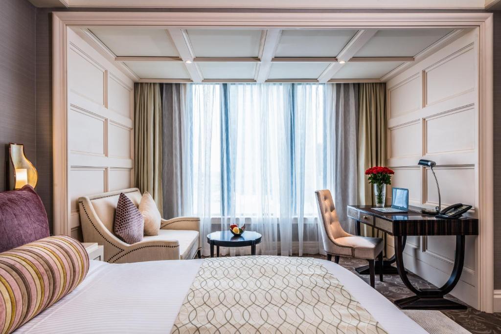Phòng signature premium khách sạn Caravelle Sài Gòn